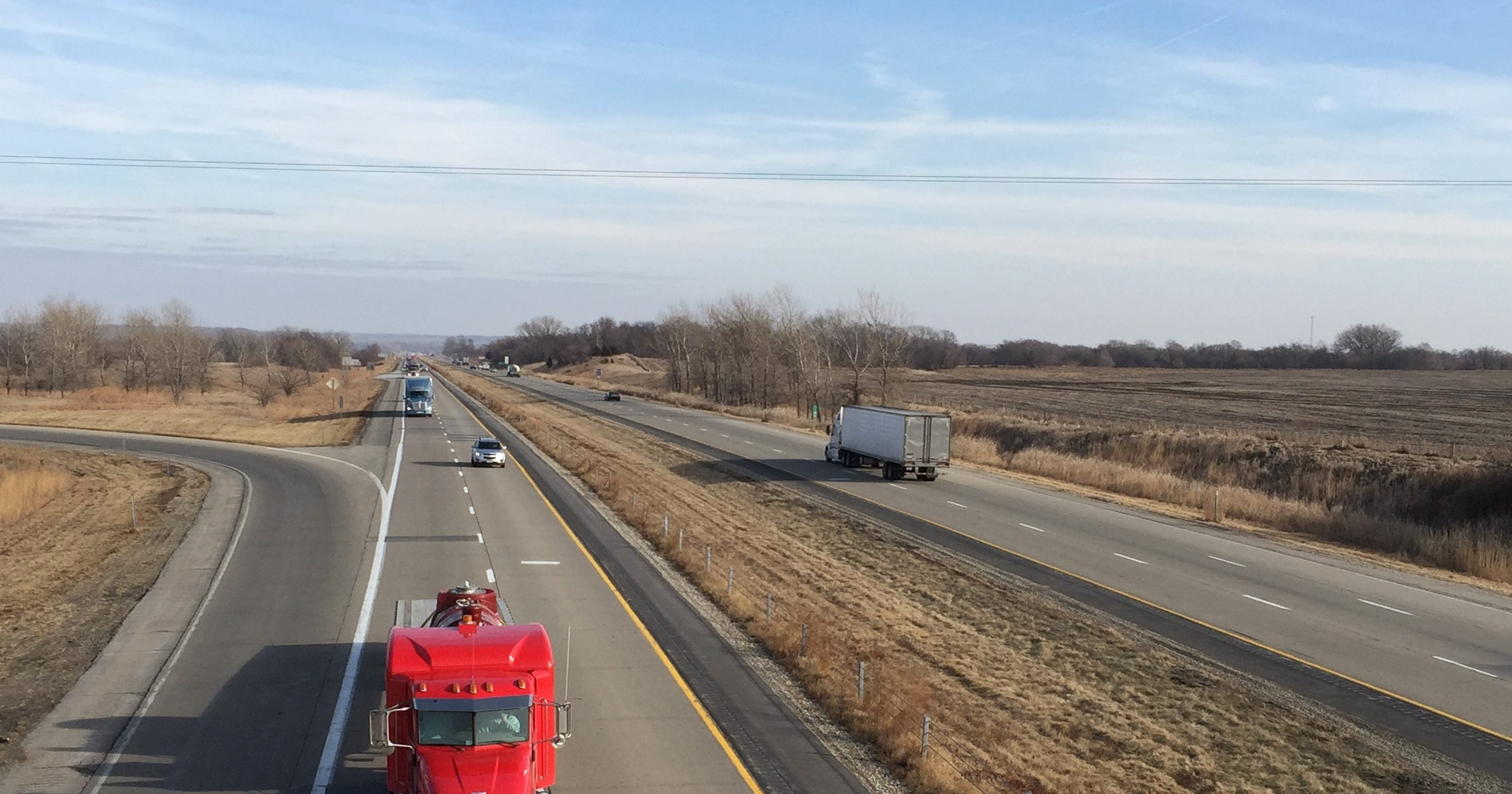 Iowa DOT report: I-80 tolls are 'feasible option' to finance six