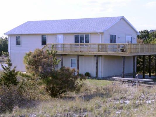 -042314-RENTAL BEACH HOUSE-GE.jpg_20140423.jpg