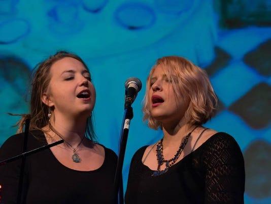 dcn 0614 woodwalk concerts Carley Baer Andrea Wittgens