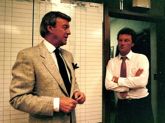 Bill Bonds with Al Upchurch, the 11 p.m. producer for WXYZ-TV Action News, in 1990.
