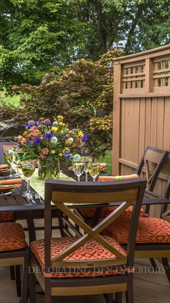 Consider a pleasant area for dining under the stars.