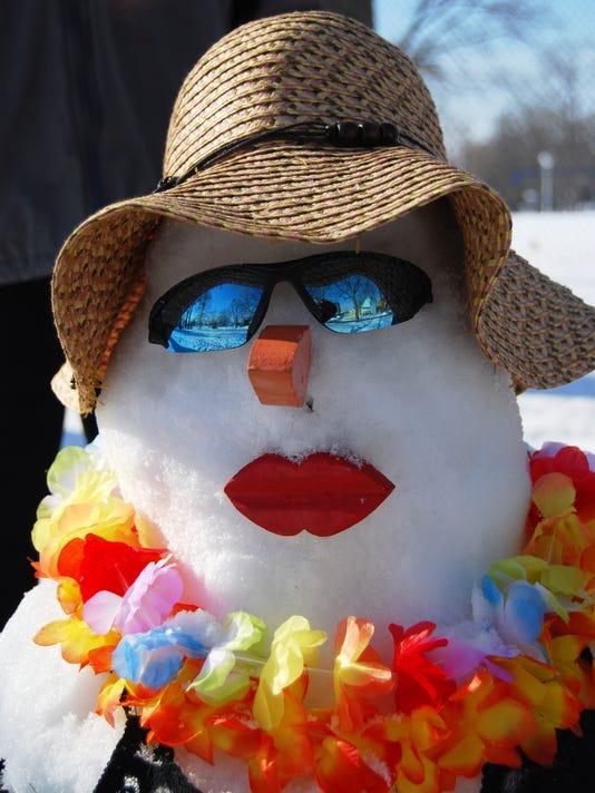 636172104545027831-snowman.jpg