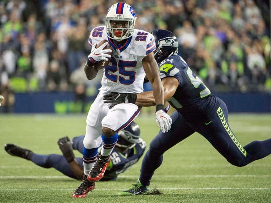 LeSean McCoy rushed for 85 yards in his return from a hamstring injury.