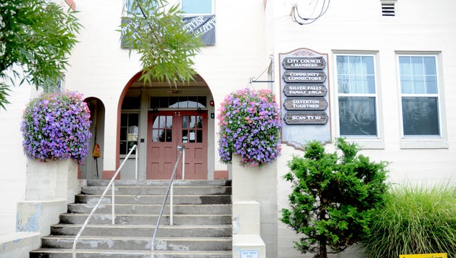 The Silverton Community Center houses the Silverton City Council Chambers at 421 S Water St.