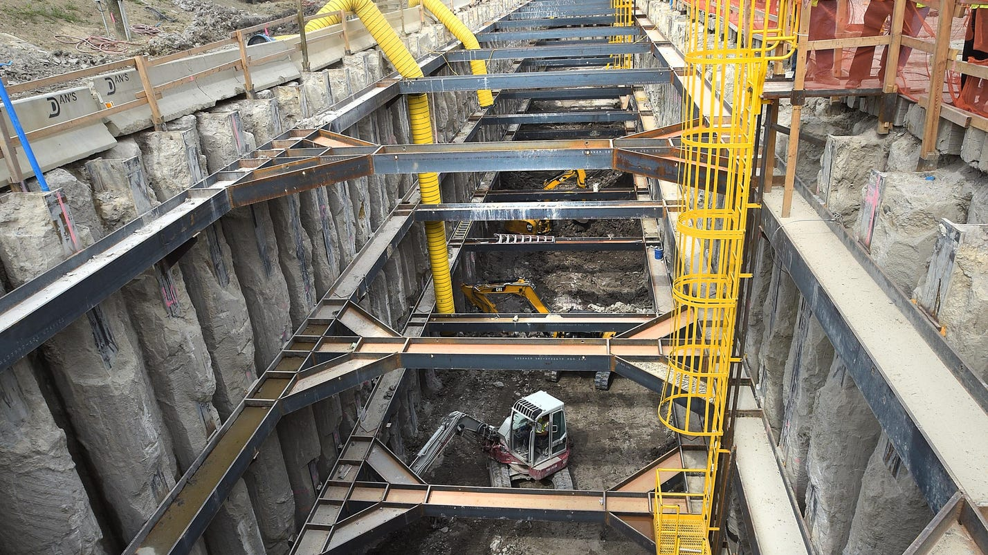 Sterling Heights suit tossed over sinkhole repair costs