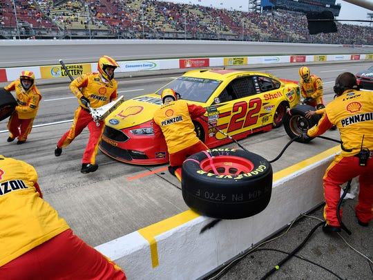 How college athletes reinvent themselves to become pros on NASCAR's pit road