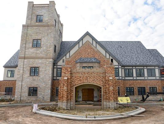 Sanford House, Foundation
