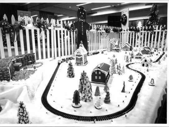 1988: A Gingerbread Village featured a Lionel train