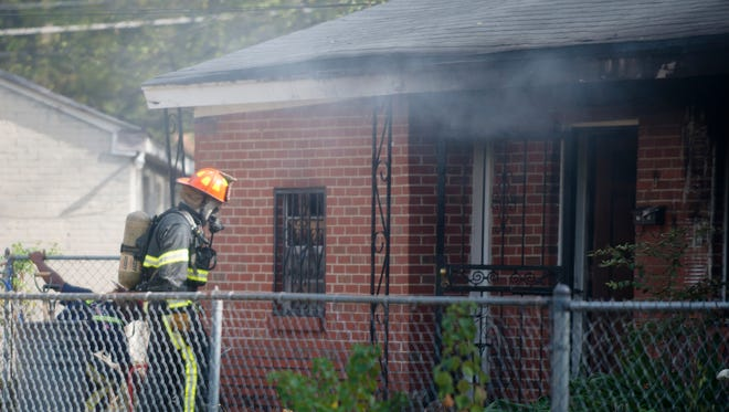Montgomery Firefighters respond to a structure fire at 113 W. Woodland Drive in Montgomery, Ala., on Wednesday, Oct. 26, 2016.