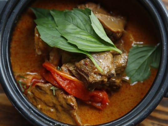 Glai Baan, a Thai restaurant in Central Phoenix