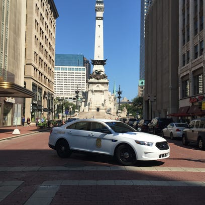 IMPD closes access to Monument Circle about noon Monday