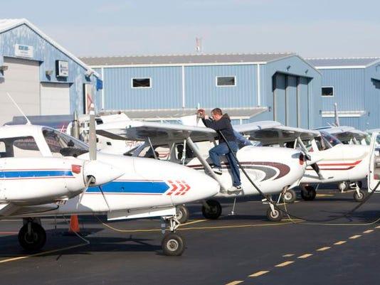 -Airpark0107c.jpg_20100107.jpg