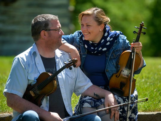 Isaac Callender and Louise Steinway aim to boost the local fiddle music scene.