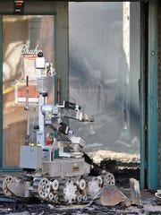 Un robot de la unidad de explosivos de la Oficina del