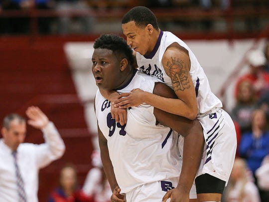 Ben Davis big man Dawand Jones (left)