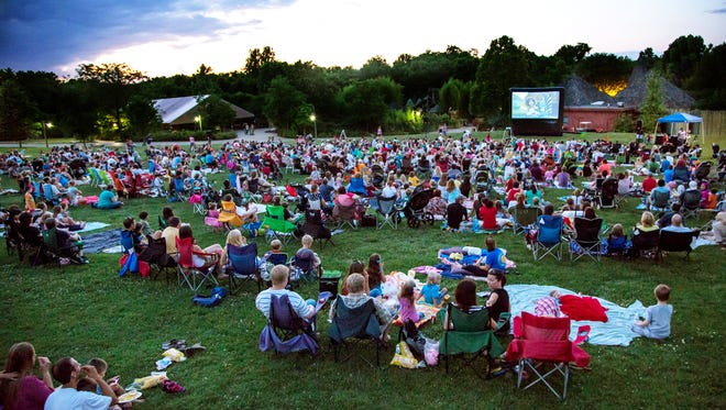 Catch a movie night at the Nashville Zoo.