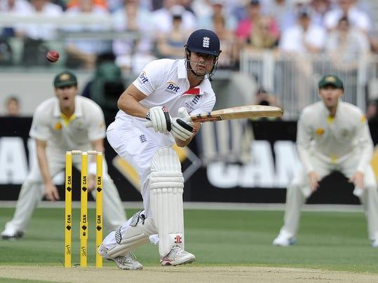 2013 361421935-Australia_England_Ashes_Cricket_XAB104_WEB890901.jpg_20131225.jpg