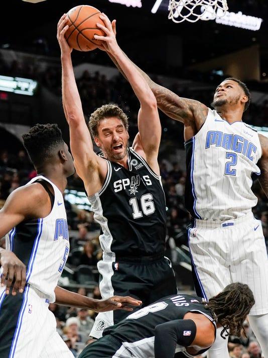 APTOPIX_Magic_Spurs_Basketball_74564.jpg