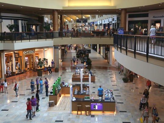 Jordan Creek Town Center, West Des Moines. 19K likes. Jordan Creek Town Center is central Iowa's premier destination for shopping, dining, & /5(K).