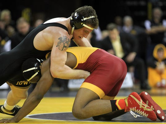 IOW 1130 Iowa wrestling vs ISU 10.jpg