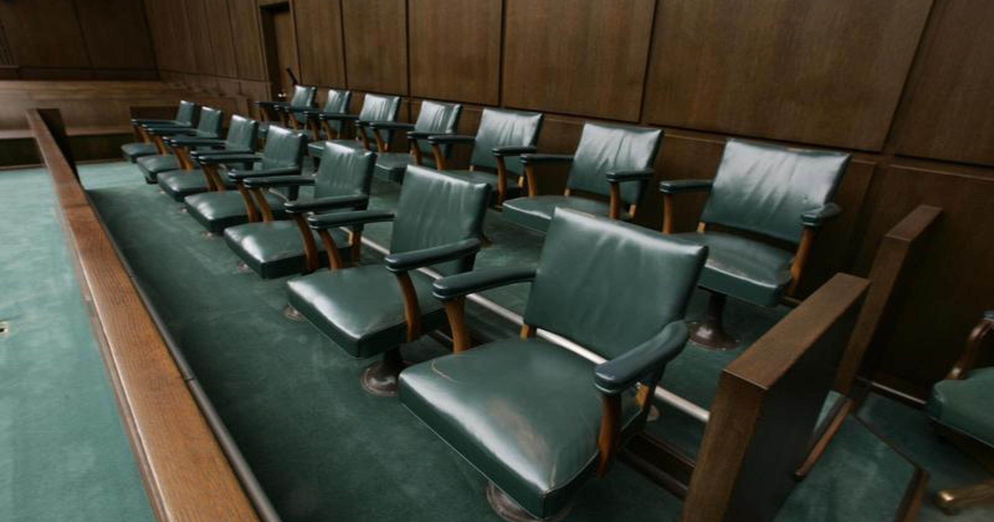 Error leads to urgent jury summons in New Castle County