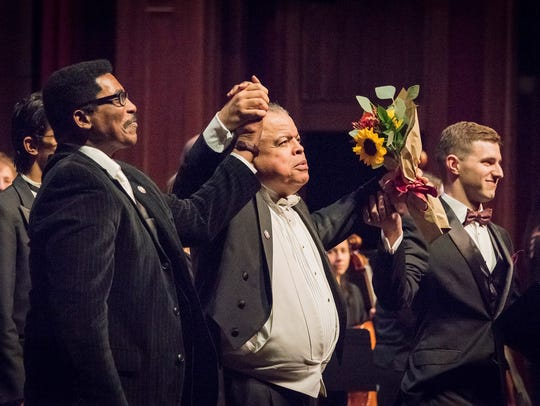 From left: Music Director Andre Thomas, Guest Conductor