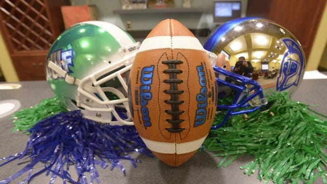 UWF is signing its first football team today.