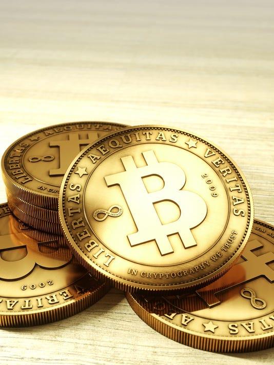 635552065565320337-FC-Bitcoin-ClusterOnWood