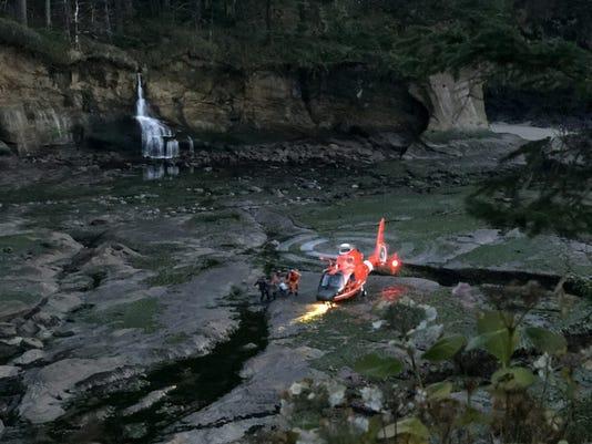 Coast Guard, local agencies rescue immobilized hiker near Newport, Ore.