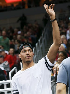 Former U of L standout Damion Lee was in attendance as the Cards played against Pitt at the KFC Yum! Center.Jan. 11, 2017