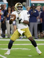 Notre Dame quarterback Brandon Wimbush of Teaneck during his game at Miami on Nov. 11, 2017.