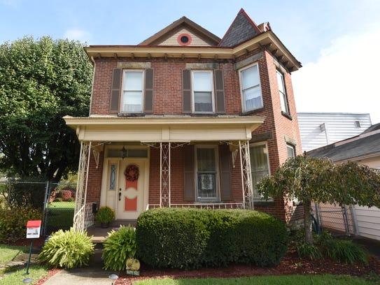 The home adjacent to Nichol's Restaurant in Zanesville