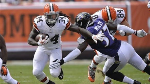Cleveland Browns rookie Isaiah Crowell, here trying