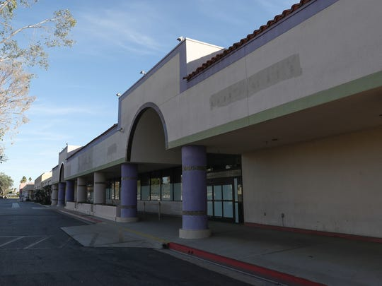 The Palm Springs Mall sits almost completely vacant,