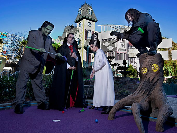 Hollywood Drive-In Golf at Universal CityWalk_Hollywood
