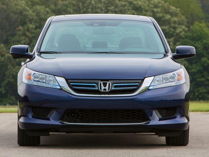 2014 Honda Accord Hybrid Touring.