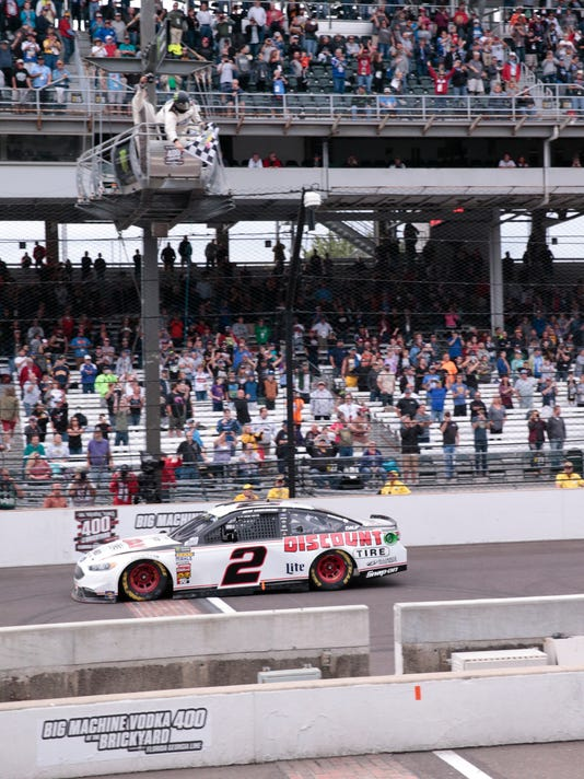 NASCAR_Brickyard_400_Auto_Racing_31289.jpg