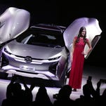 Moving Detroit auto show to October: Risky. Not moving it: More risky