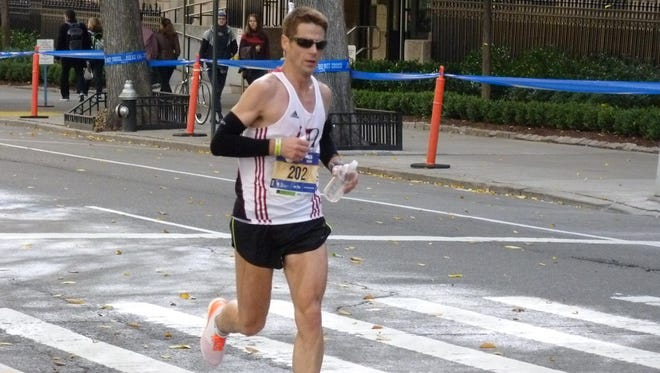 Carlo Agostinetto of Mount Vernon running in the New York City Marathon