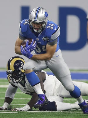 Detroit Lions RB Zach Zenner during the first half Sunday, Oct. 16, 2016 at Ford Field in Detroit.