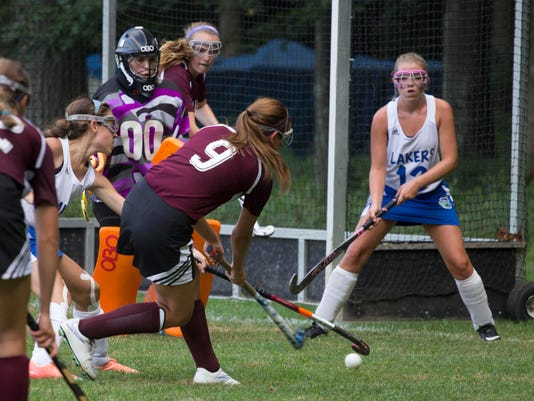 -burlfreepress_aldenvt_fieldhockey4.jpg_20140902.jpg