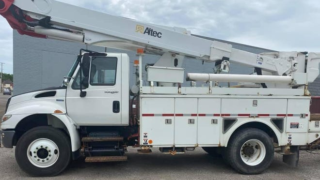 American Electric Power donated this bucket truck to the city of Uhrichsville.