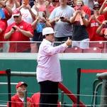 Reds retire Pete Rose's No. 14