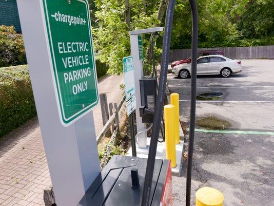 NJ4-Manasquan-charging-PRESTO--86445074-4.jpg
