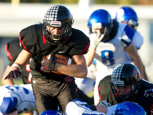 635800260470819524-SPJ-SPASH-Oshkosh-West-Football-08