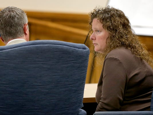 APC Laura Bates Sentencing 341 040915 wag.jpg