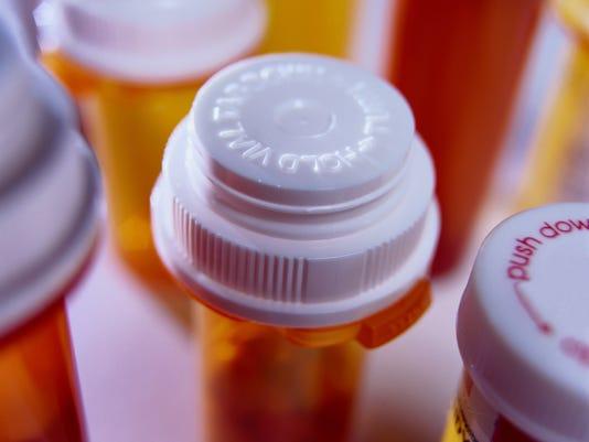 -VTDBrd_03-21-2013_Visalia_1_A005~~2013~03~20~IMG_prescription_drugs.j_8_1_Q.jpg