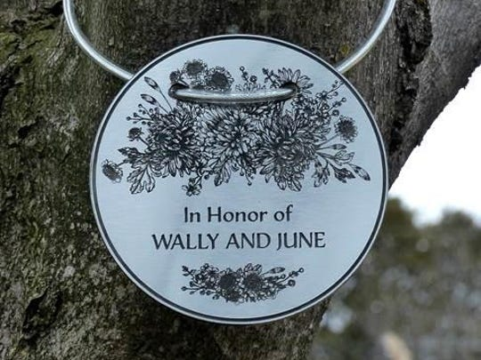 Bloomfield Hills-based Big Hugs LLC recently introduced Tree Charms to dedicate a tree to someone special.