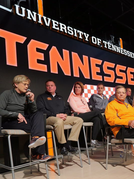 Tennessee coaches Press Conference