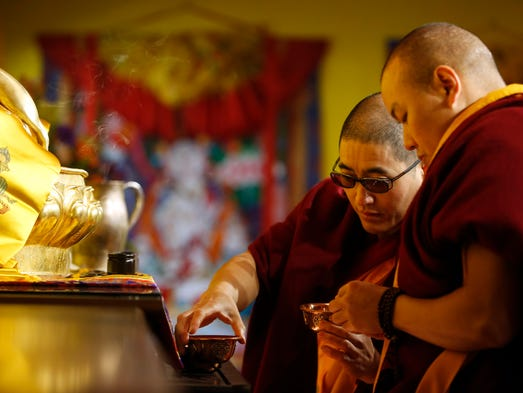 des moines buddhist singles Nonprofit & 501c organizations des moines, ia  asokarama arakkha buddhist society: 3211 30th st apt f23 des moines,  catholic adult singles together.